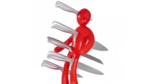 cuchillos-clavados-300x168